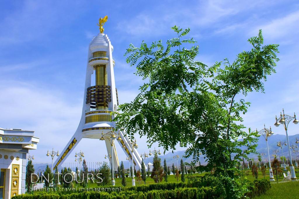 Арка Нейтралитета, Ашхабад Туркменистан (3)