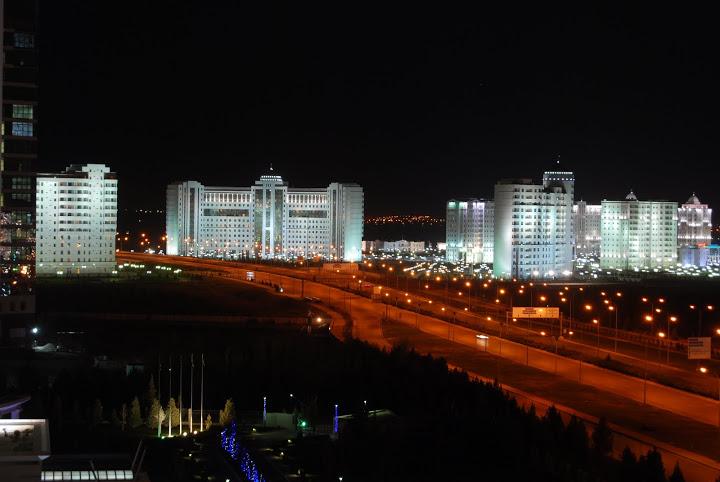 Дорога, Ашхабад, Туркменистан (1)