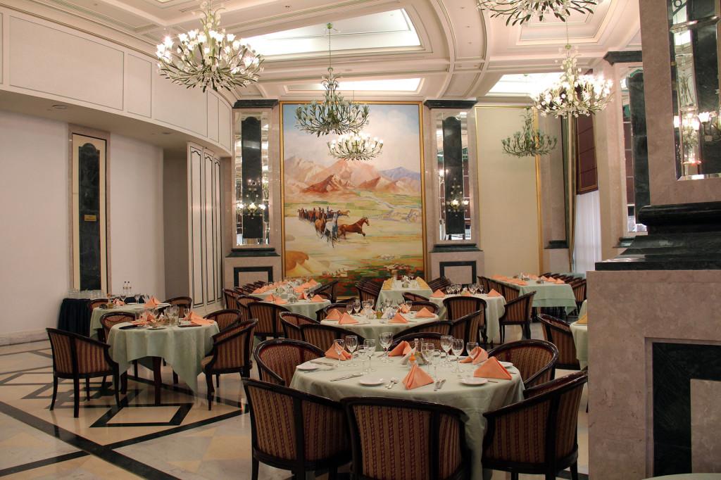 Отель Президент, Ашхабад, Туркменистан (3)