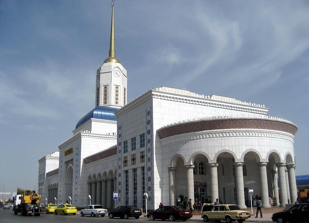 Железнодорожрный вокзал, Ашхабад, Туркменистан (2)