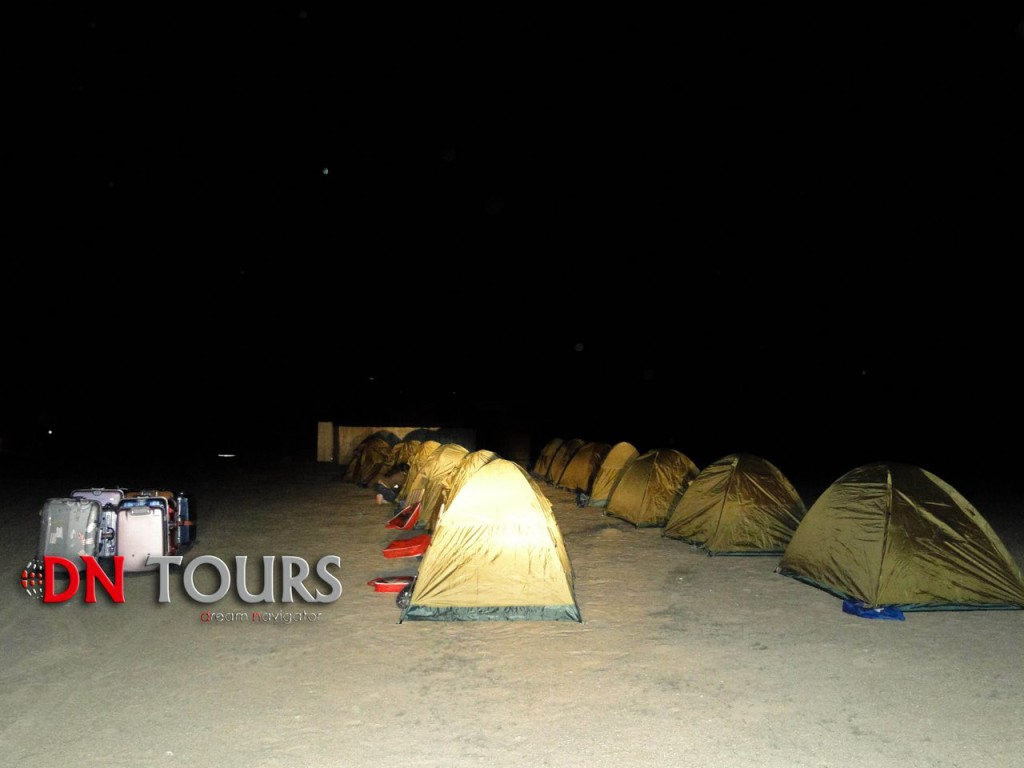 Ночовка в Дарвазе, Туркменистан