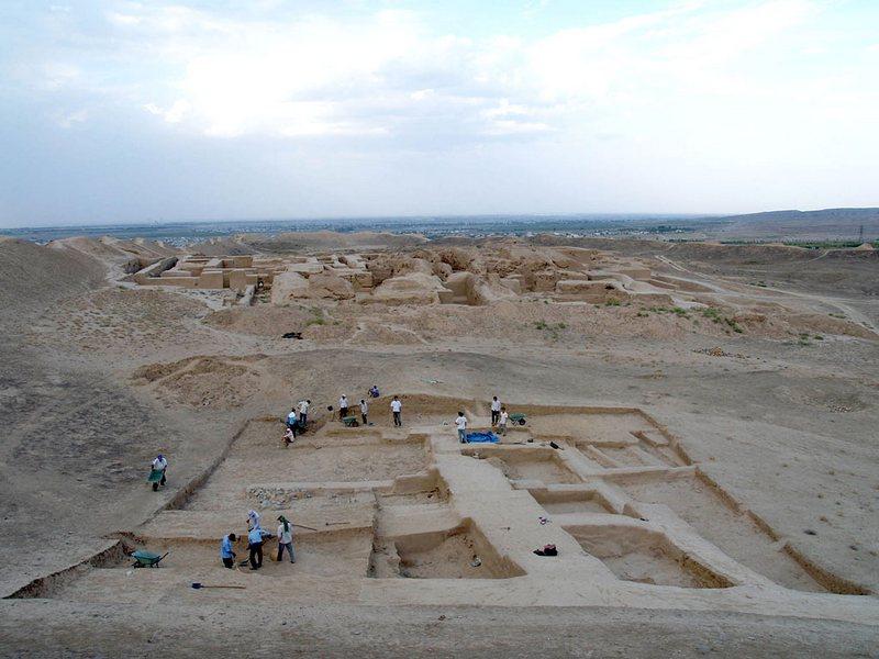 Развалины древнего города Ниса, Туркменистан (3)
