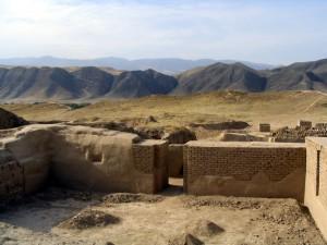 Развалины древнего города Ниса, Туркменистан