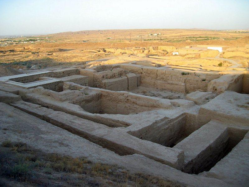 Развалины древнего города Ниса, Туркменистан (5)