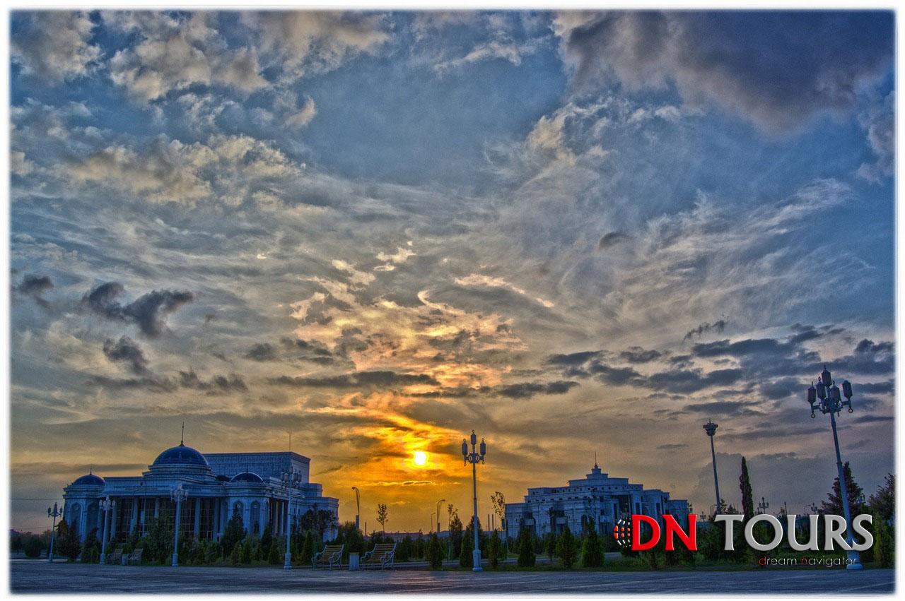 закат в Туркменистане