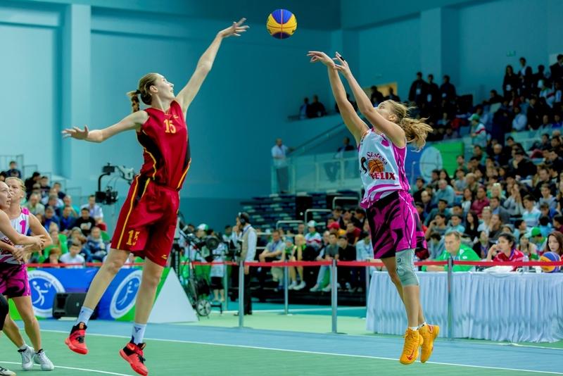 соревнования по баскетболу среди женщин