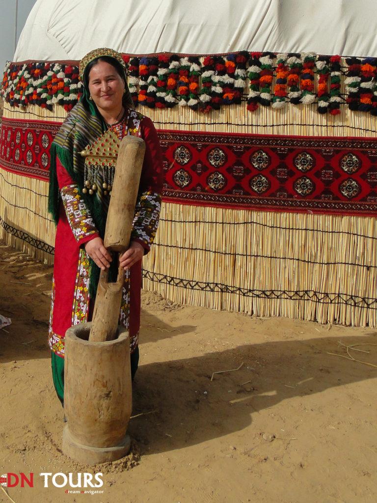 традиционная одежда туркменистан