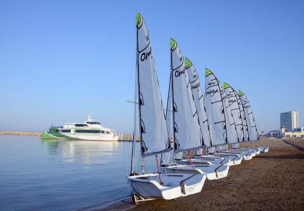 Катера на берегу Каспийского моря в Авазе