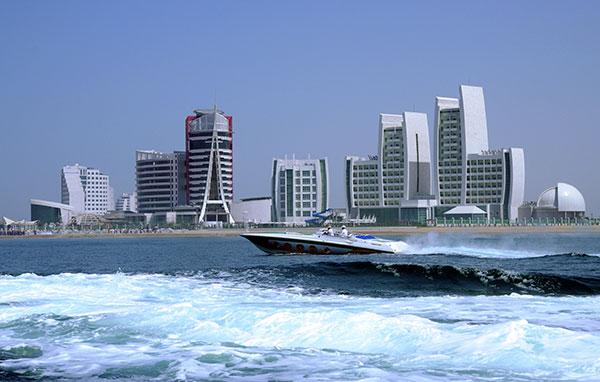 панорама побережье авазы, катер отели